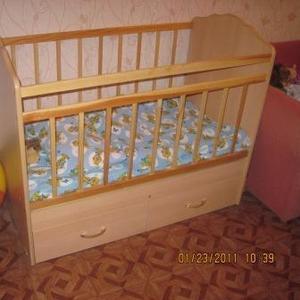 Срочно!  Продам кроватку детскую