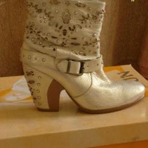 Продам новую женскую обувь