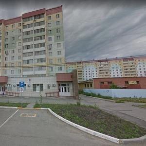 2-к квартира,  64 м²,  7/10 эт.,  Челябинск,  улица Салавата Юлаева,  34,  подъезд 4